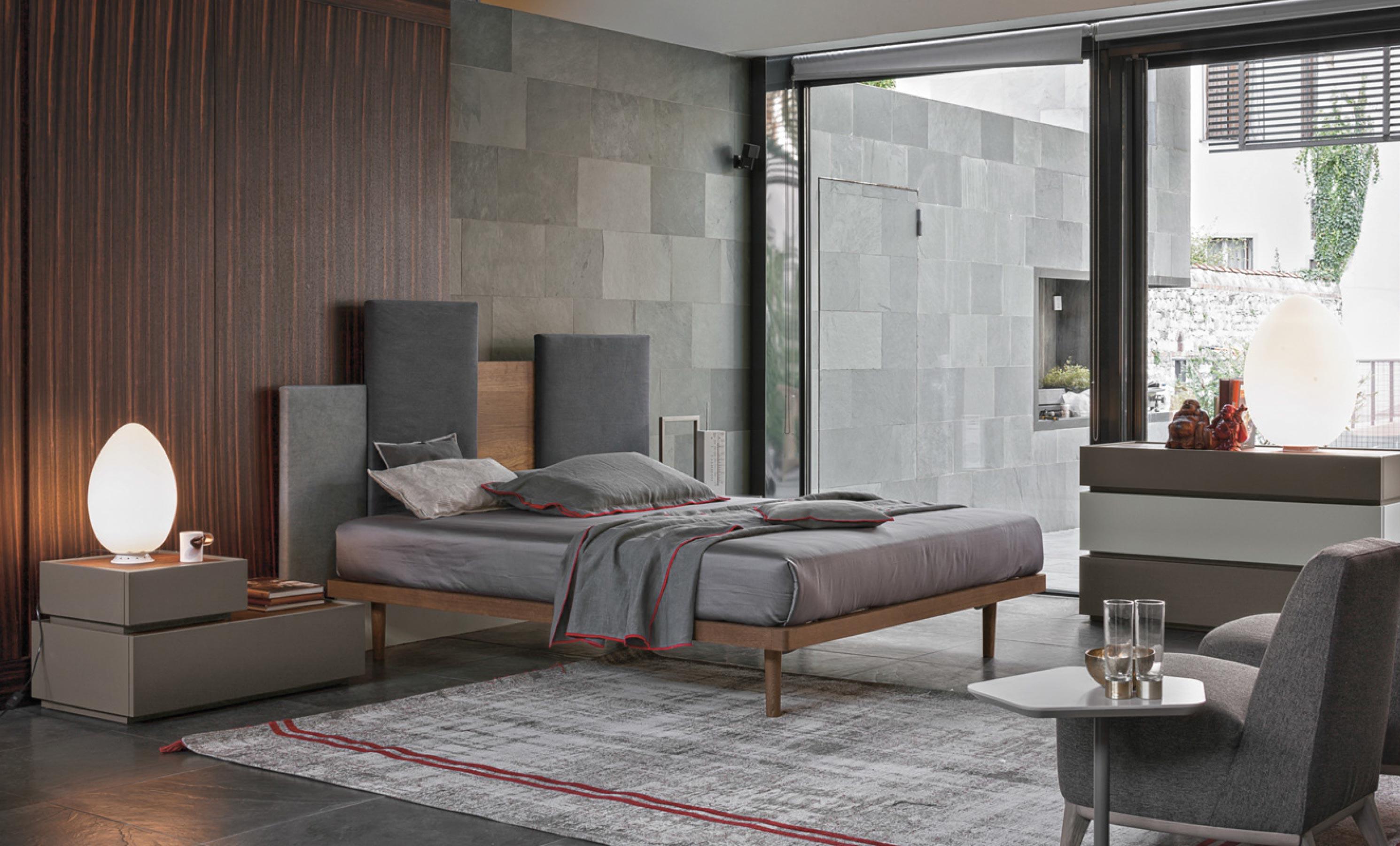 Tomasella letto skyline trittico replay ad arredamenti for Camere da letto zanette